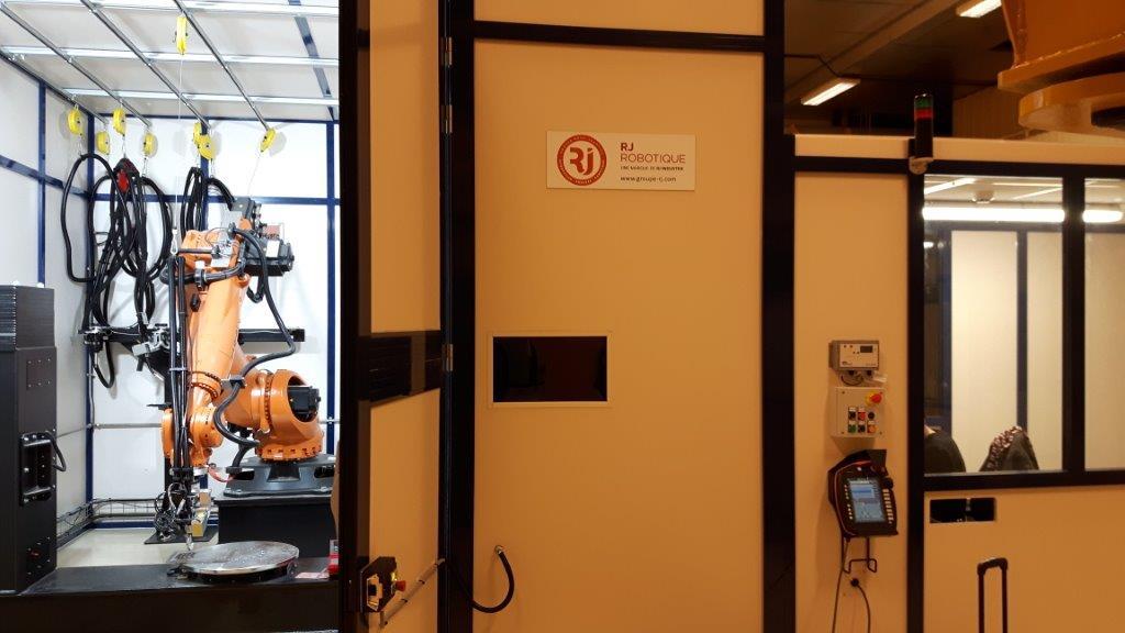 cellule robotique industrielle
