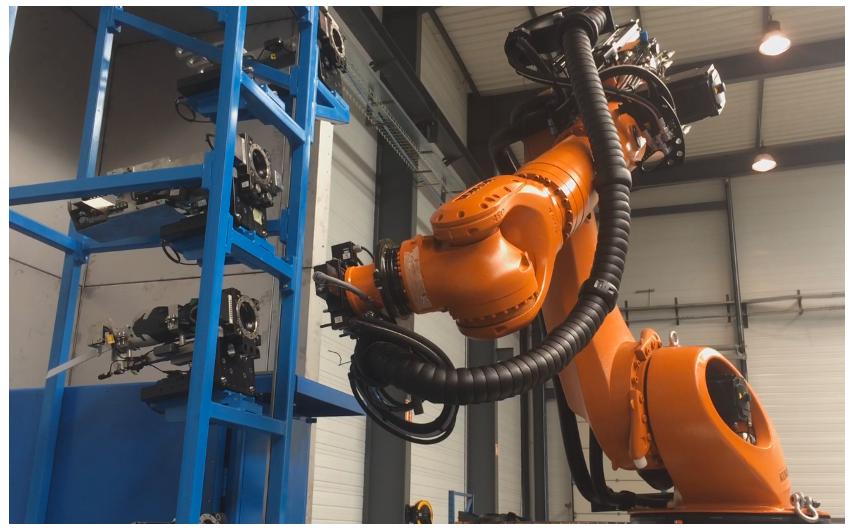 vue de l'action du robot de découpe démantèlement nucléaire